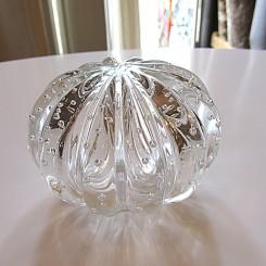 Bola de vidro transparente pequena