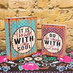 Caixa  decoração livro Do All tihngs With Love kit com 2