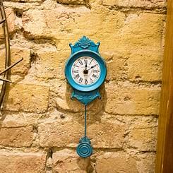 Relógio de parede azul clássico
