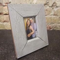 Porta Retrato de Madeira - Pequeno