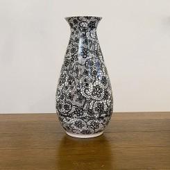 Vaso branco com estampa preta